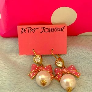 BJ bow earrings